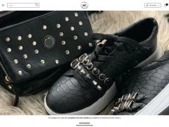 Venta online de Billeteras en MIT Handbags